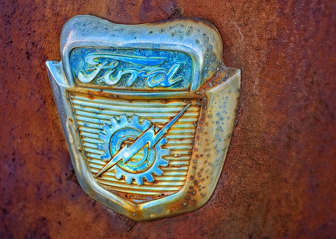 Ford Hood Emblem