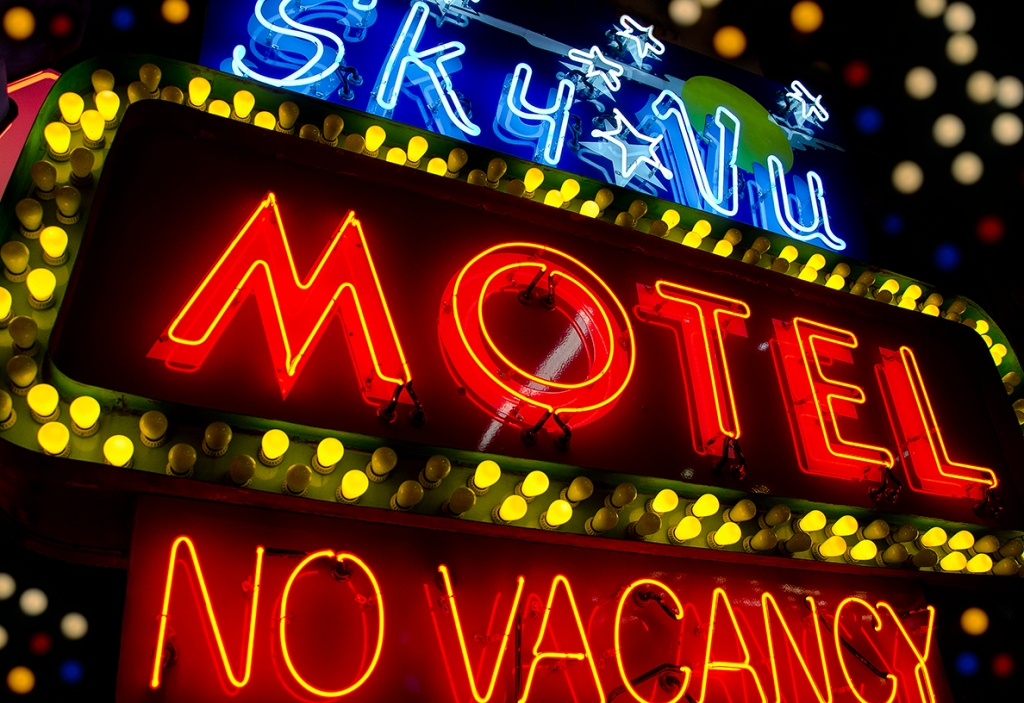 Sky Vu Motel Neon Sign